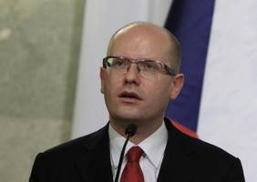 czechs give up eu rights charter opt-out, plan joining fiscal pact